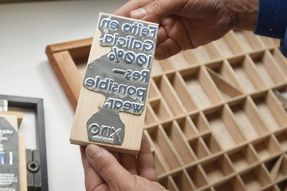 Imprenta Adana & cartón reciclado